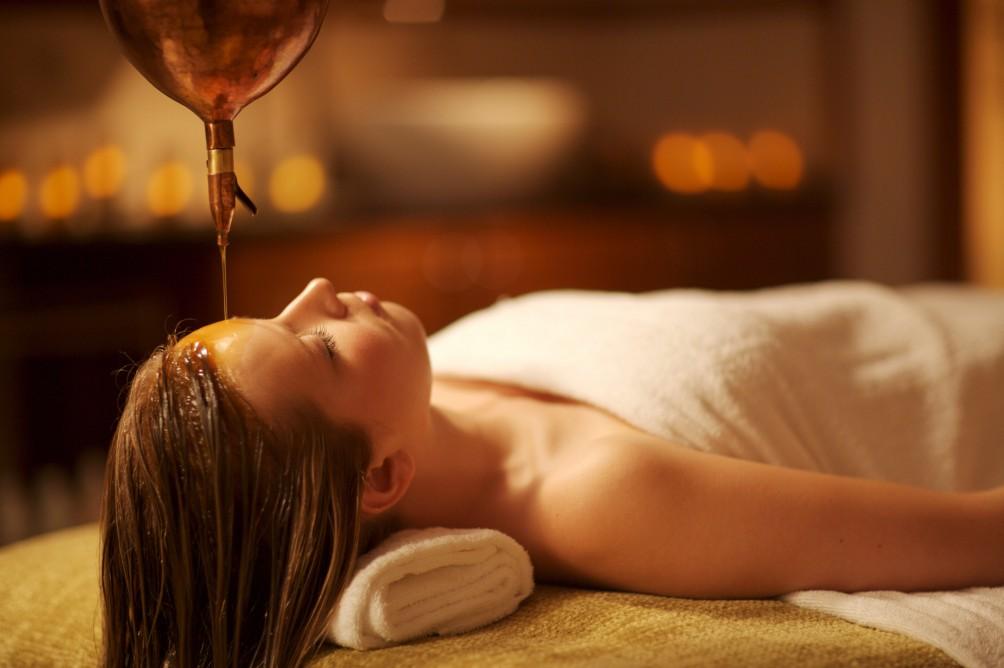 ayurvedic-treatment-shirodhara-jersey-hotel