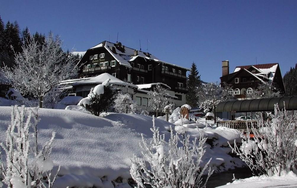 hotel gruner baum austria bad gastein snow