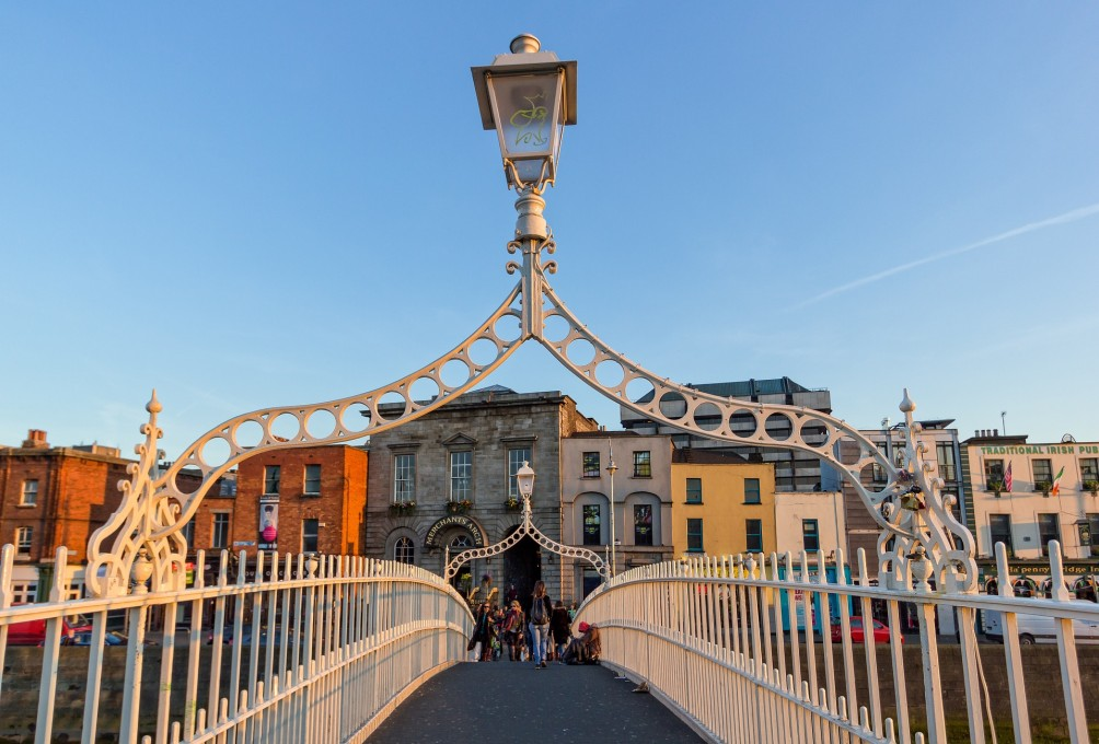 5 ways to do dublin bernadette fallon even if you have only a short time to spend in dublin youll find it easy to pack in a lot in this compact and exciting capital city where the guinness and solutioingenieria Choice Image