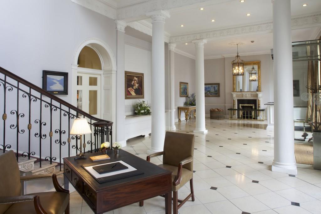 dublin-things-to-do-merrion-hotel-lobby